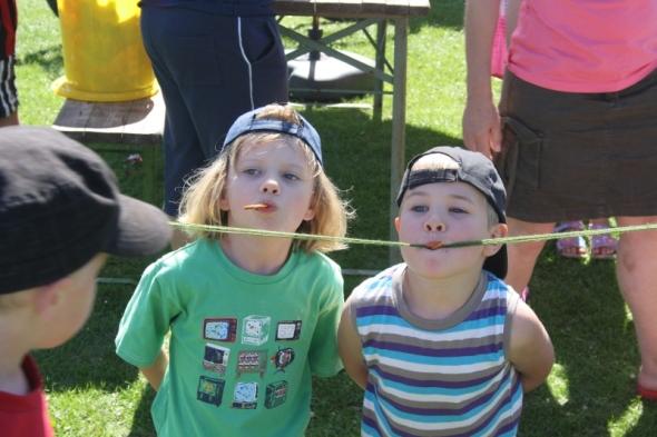 Kinderfest Brezelessen