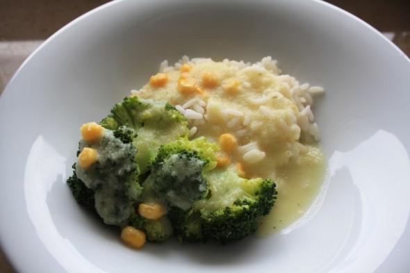 Brokkoli mit Kohlrabisauce