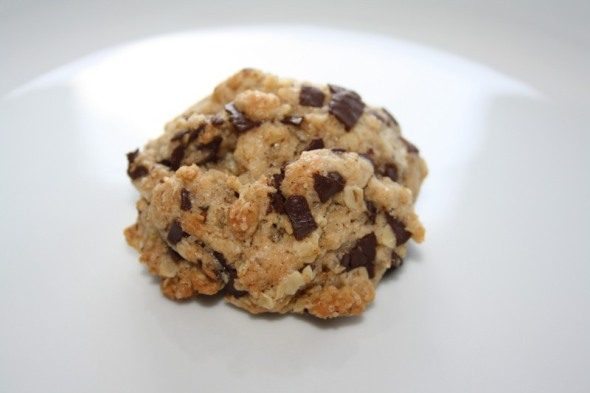 Nutty Oatmeal Raisin Cookie