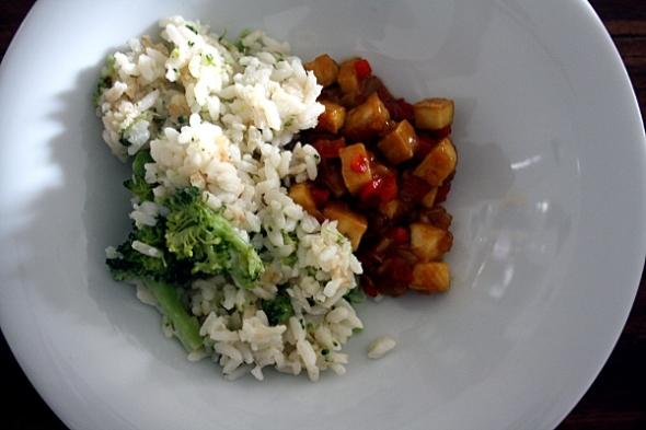 Unfried Fried Rice mit Hoisin-Mustard-Tofu